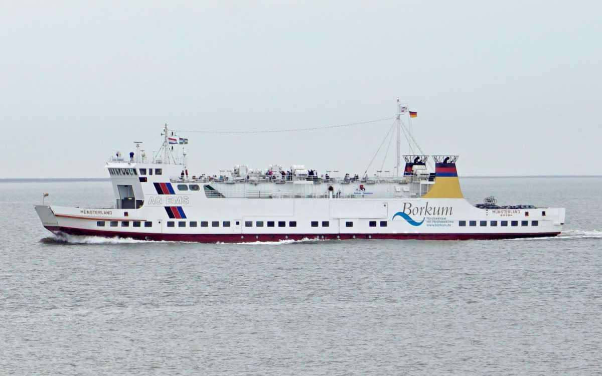 Eine typische Autofähre der AG Ems für die Überfahrt nach Borkum, hier die MS Münsterland